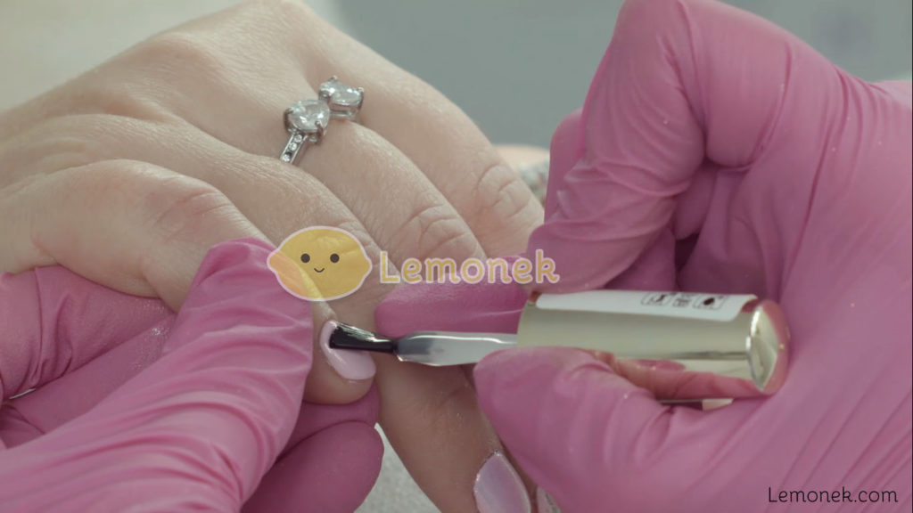 manicure hybrydowy miracle nails