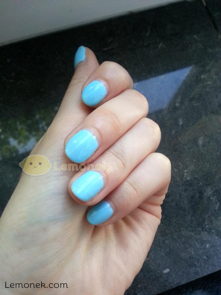 paznokcie przed lemonek blog recenzja wszytko jest możliwe neonail pstel blue